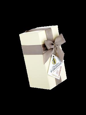 Ciocolata artizanala frantuzesca asortata in cutie cadou alba, 175gr
